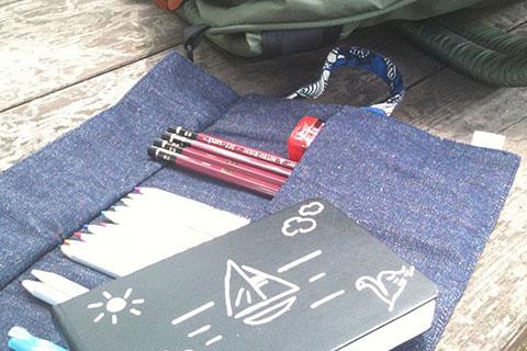 水彩画ノートとペン