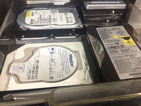 使われなくなったハードディスク