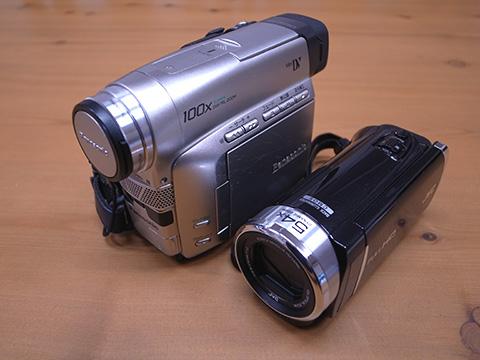 PanasonicとJVCのデジタルムービーカメラ