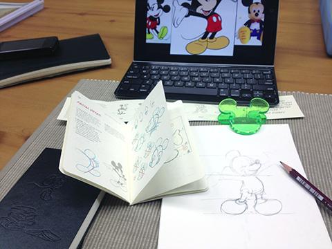 ミッキーマウス描けるように練習